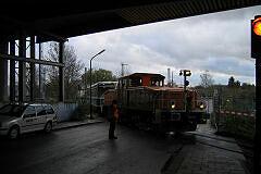 Akkulok 8951 mit Wagen 103 und 104 nach deren Transport von Nürnberg nach München