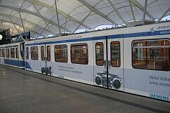 Syntegra-Protoyp in Siemens-Werbebeklebung