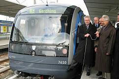 C-Zug 610 wird am 16. Februar 2004 an die Stadt Garching übergeben