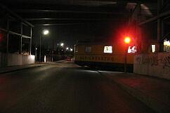 Gleismesszug der DB auf dem Weg zur U-Bahn