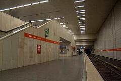 Münchner Freiheit, Gleis 4