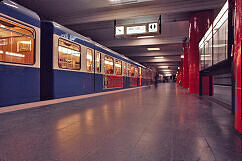 Odeonsplatz im Jahr 1974 mit altem Zugzielanzeiger