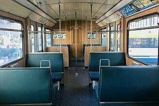 Innenaufnahme des A-Wagen 092 im Verkehrszentrum des Deutschen Museums
