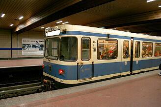 A-Wagen 164 an der Implerstraße