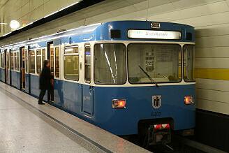 A-Wagen 207 am Stachus