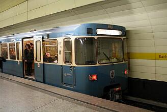A-Wagen 227 am Stachus