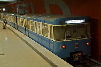 A-Wagen 230 im bauma-Einsatz