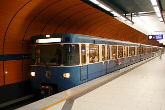 A-Wagen 320 am Marienplatz