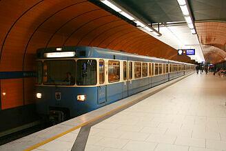 A-Wagen 343 am Marienplatz