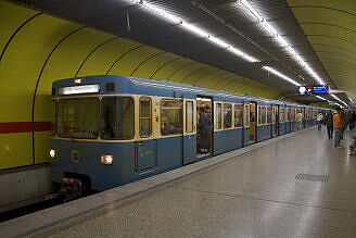 A-Wagen 347 am Sendlinger Tor
