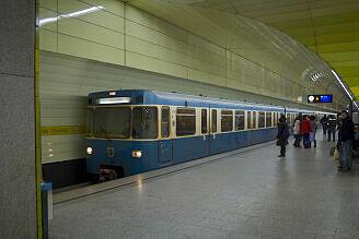 A-Wagen 359 am Stachus