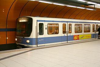 B-Wagen 519 am Marienplatz