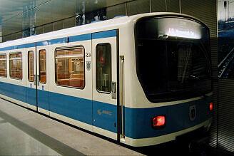 B-Wagen 534 in Feldmoching