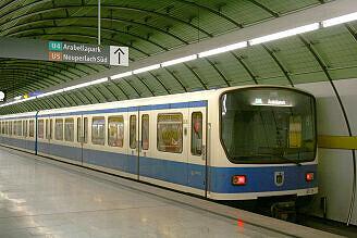 B-Wagen 535 am Odeonsplatz