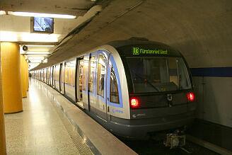 C-Zug 614 an der Poccistraße