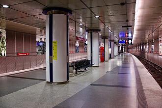 U-Bahnhof Feldmoching Gleis 2
