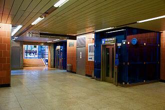Sperrengeschoss im U-Bahnhof Kieferngarten