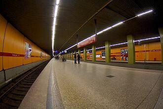 U-Bahnhof Kolumbusplatz Gleis 1+3