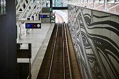 Blick auf Gleis 2 am U-Bahnhof Fröttmaning