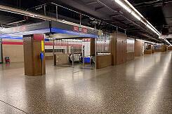 Sperrengeschoss im U-Bahnhof Giesing