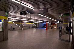 Sperrengeschoss im U-Bahnhof Richard-Strauss-Straße