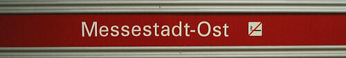 Stationsschild Messestadt Ost