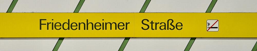 Stationsschild Friedenheimer Straße