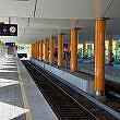 Neuperlach Süd nach dem Umbau, links das Gleis der S-Bahn