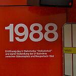 Inschrift am Ostbahnhof zur Eröffnung der U-Bahn 1988
