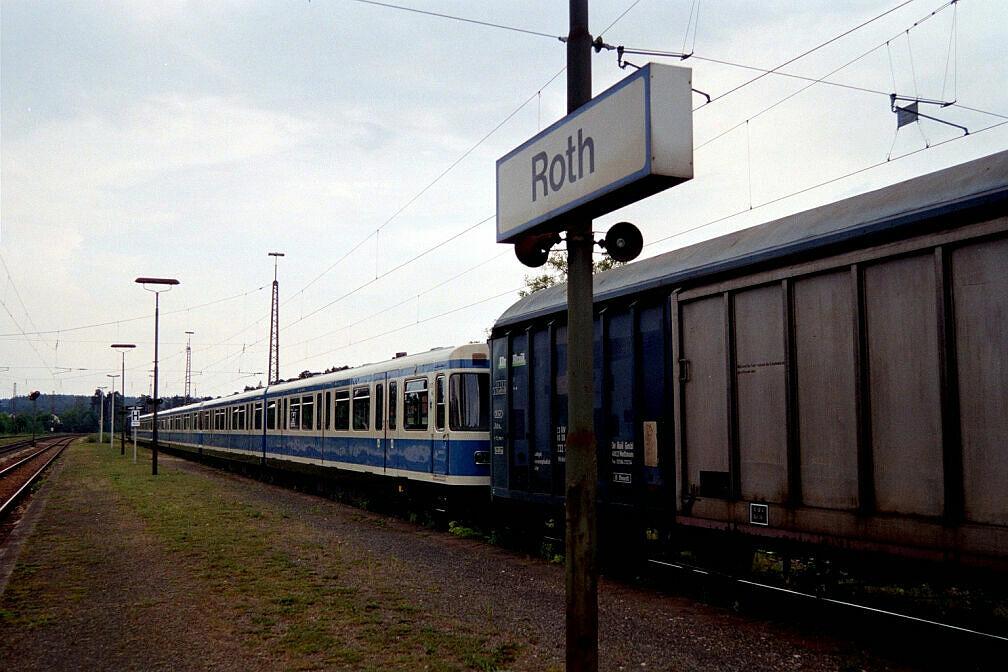 Überführung dreier U-Bahn-Wagen 2003 - Standzeit in Roth